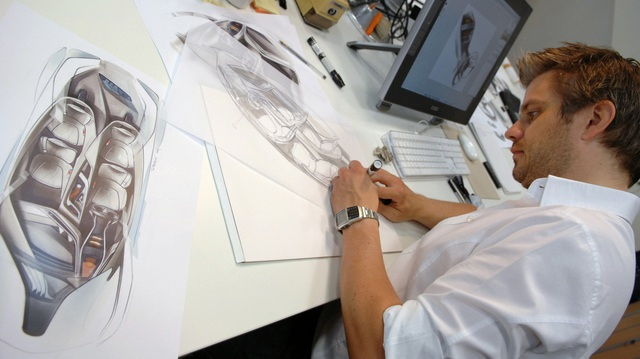 Kia tuyển nhà thiết kế nội thất BMW 7-series - Tham vọng tiệm cận hạng sang