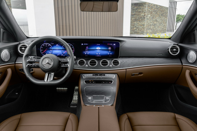 Mercedes-Benz E-Class 2021 ra mắt với thiết kế hiếu chiến và công nghệ hiện đại, tăng sức ép trước BMW 5-Series - Ảnh 7.