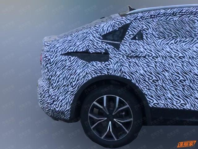 Volkswagen Tiguan Coupe xuất hiện, một vài đường nét hao hao BMW X4 - Ảnh 3.