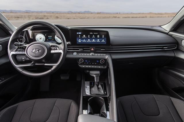 Những điểm cần biết về Hyundai Elantra N - Đối trọng của Honda Civic Type R - Ảnh 2.