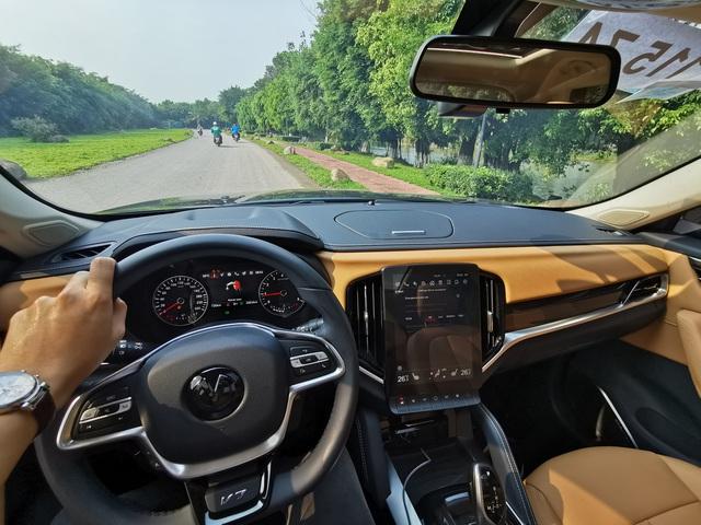 Được đồn lái như BMW nhưng đây là đánh giá thực tế của chuyên gia và người dùng Brilliance V7 - xe Trung Quốc đang sốt tại Việt Nam - Ảnh 5.