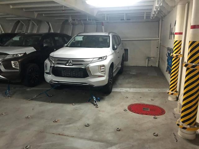 Mitsubishi Pajero Sport 2020 cập cảng Việt Nam, hứa hẹn nhiều công nghệ mới đáp trả Toyota Fortuner và Ford Everest - Ảnh 1.