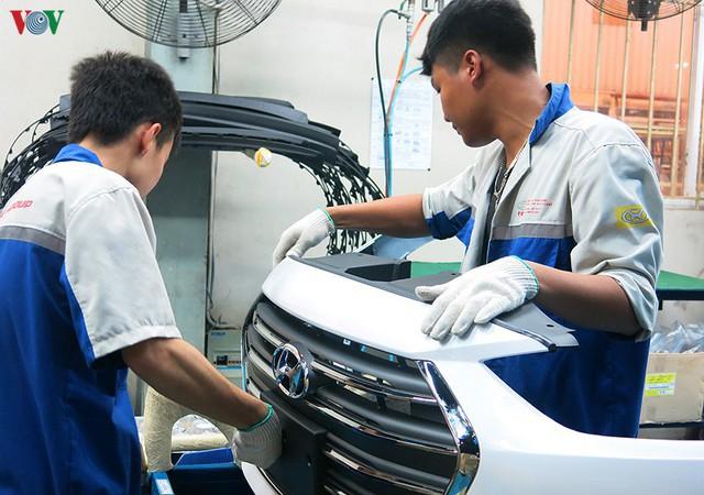 Nhà máy Hyundai Ninh Bình phải tạm ngừng sản xuất vì đại dịch Covid-19 - Ảnh 1.