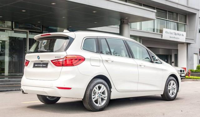 BMW 218i hạ giá kỷ lục còn dưới 1 tỷ đồng: MPV 7 chỗ Đức bạt ngàn trang bị chỉ ngang giá Toyota Innova - Ảnh 6.