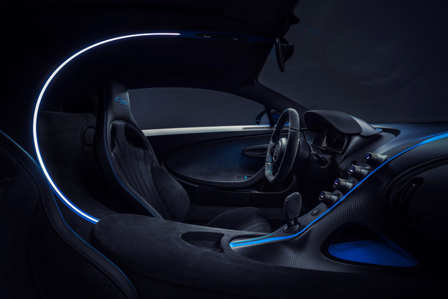 Soi siêu xe Bugatti Chiron Pur Sport qua ảnh, video mới - Ảnh 5.