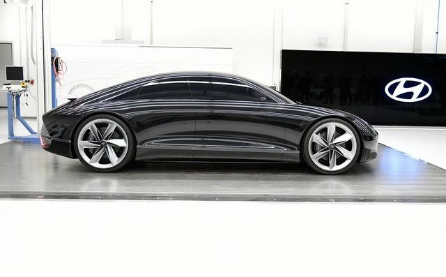 Hyundai làm xe thể thao kiểu mới: Thiết kế như Porsche, cửa lại mở giống Rolls-Royce - Ảnh 2.