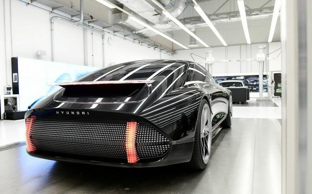 Hyundai làm xe thể thao kiểu mới: Thiết kế như Porsche, cửa lại mở giống Rolls-Royce - Ảnh 3.