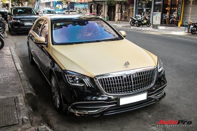 Góc làm đẹp không khó: Chỉ với lớp decal, đại gia Cần Thơ biến Mercedes-Maybach S 450 sang phong cách 2 tông bắt mắt - Ảnh 1.