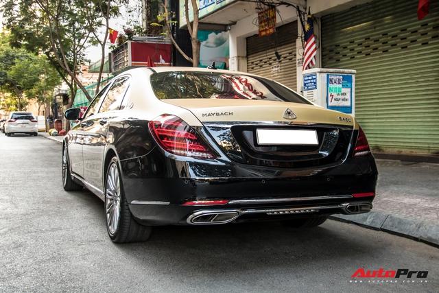 Góc làm đẹp không khó: Chỉ với lớp decal, đại gia Cần Thơ biến Mercedes-Maybach S 450 sang phong cách 2 tông bắt mắt - Ảnh 4.