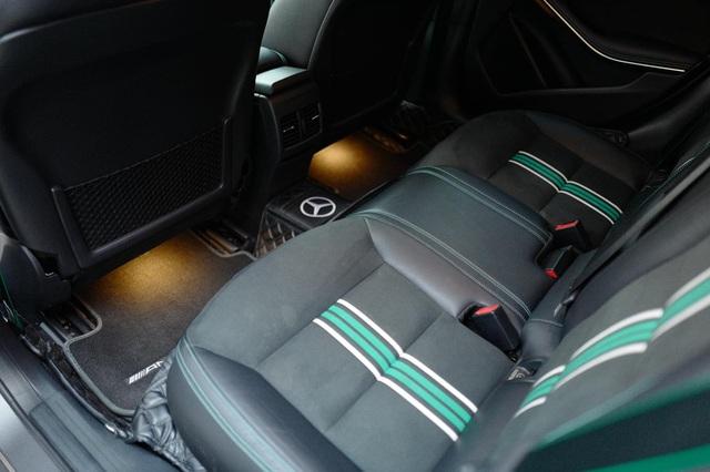 Hàng siêu hiếm Mercedes-Benz A 250 lấy cảm hứng từ F1 được chào bán bằng giá Honda Civic mua mới - Ảnh 12.