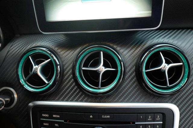 Hàng siêu hiếm Mercedes-Benz A 250 lấy cảm hứng từ F1 được chào bán bằng giá Honda Civic mua mới - Ảnh 11.