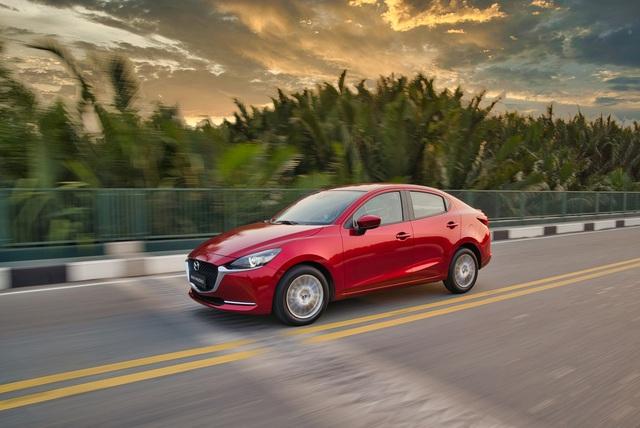 Mazda2 2020 chính thức ra mắt tại Việt Nam: Cạnh tranh Toyota Vios, nhưng công nghệ như CX-8 - Ảnh 3.