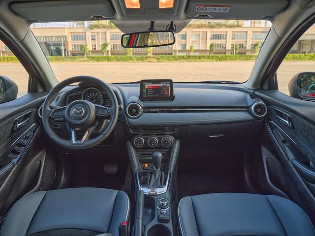 Mazda2 2020 chính thức ra mắt tại Việt Nam: Cạnh tranh Toyota Vios, nhưng công nghệ như CX-8 - Ảnh 6.