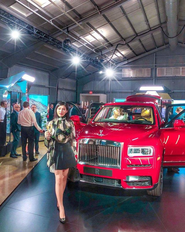 Cuộc sống xa hoa bên cạnh xe siêu sang và siêu xe của ái nữ nhà ông trùm buôn ô tô tiền tỷ tại Sài Gòn - Ảnh 4.