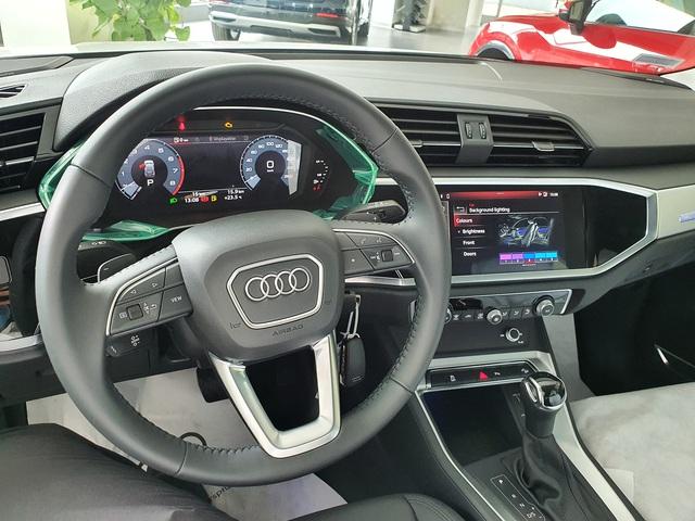 Audi Q3 2020 giá hơn 1,9 tỷ đồng đầu tiên về đại lý: Nhiều trang bị hiện đại, trừ một chi tiết 'đồ cổ' gây tranh cãi - Ảnh 3.