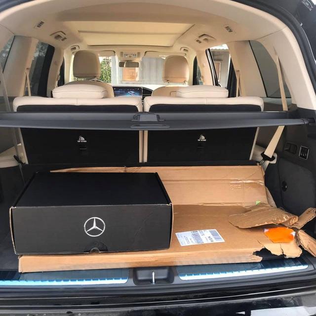Mercedes-Benz GLS 450 cấu hình 6 chỗ đầu tiên về Việt Nam, có 'option' xịn hơn xe chính hãng - Ảnh 3.