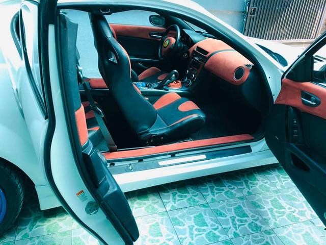 Hàng hiếm Mazda RX-8 gắn logo Ferrari bán lại với giá ngang ngửa Toyota Vios số sàn - Ảnh 3.