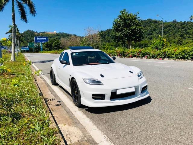 Hàng hiếm Mazda RX-8 gắn logo Ferrari bán lại với giá ngang ngửa Toyota Vios số sàn - Ảnh 5.