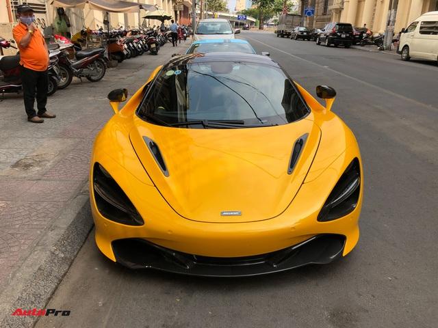 Vừa thông quan, McLaren 720S mui trần hàng hiếm bất ngờ xuất hiện trên phố Sài Gòn - Ảnh 3.