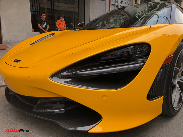 Vừa thông quan, McLaren 720S mui trần hàng hiếm bất ngờ xuất hiện trên phố Sài Gòn - Ảnh 4.