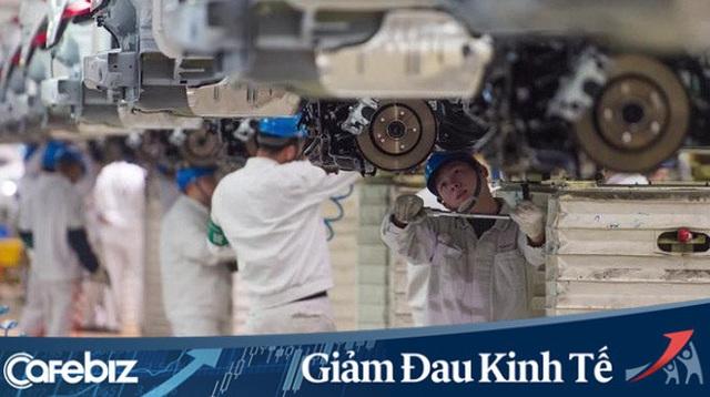Tạo ra 1 nghìn tỷ USD doanh thu/năm, chiếm 10% tổng sản lượng sản xuất, Trung Quốc khẩn cấp cứu ngành ô tô khỏi Covid-19: Phát 1.400 USD cho người dân mua xe hơi mới