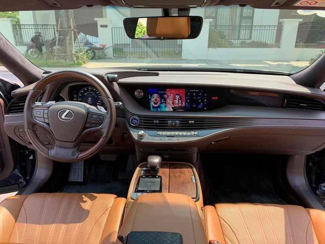 Dùng xe 2 năm lỗ 2 tỷ, đại gia Việt bán Lexus LS 500h giá hơn 6 tỷ đồng - Ảnh 3.