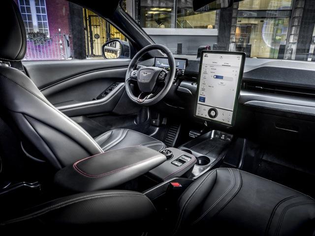 Ford Mustang SUV hé lộ thông số mới, mạnh không dưới 460 mã lực - Ảnh 2.