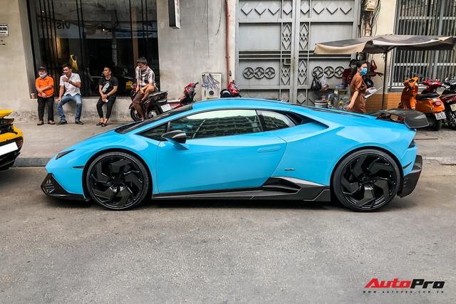 Lamborghini Huracan độ hàng độc tại Sài Gòn được ví màu như khẩu trang, nội thất lộ những chi tiết gây chú ý hơn - Ảnh 9.