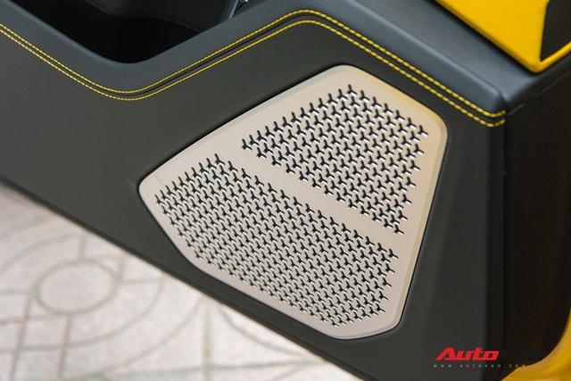 Bóc tách những điểm đặc biệt của Lamborghini Urus 4 chỗ đầu tiên Việt Nam - Ảnh 13.