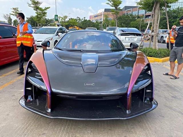 Thành viên Gia Lai Team tiết lộ vì sao McLaren Senna của Hoàng Kim Khánh xuất hiện tại Campuchia trước khi về Việt Nam - Ảnh 1.