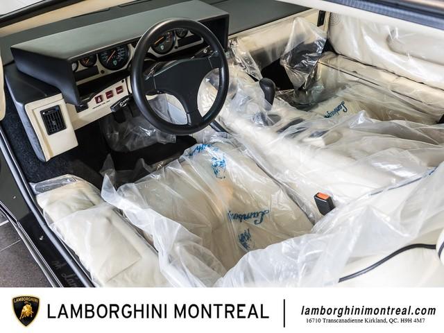 Siêu xe Lamborghini Countach phiên bản đặc biệt mới 99% bất ngờ được rao bán - Ảnh 4.