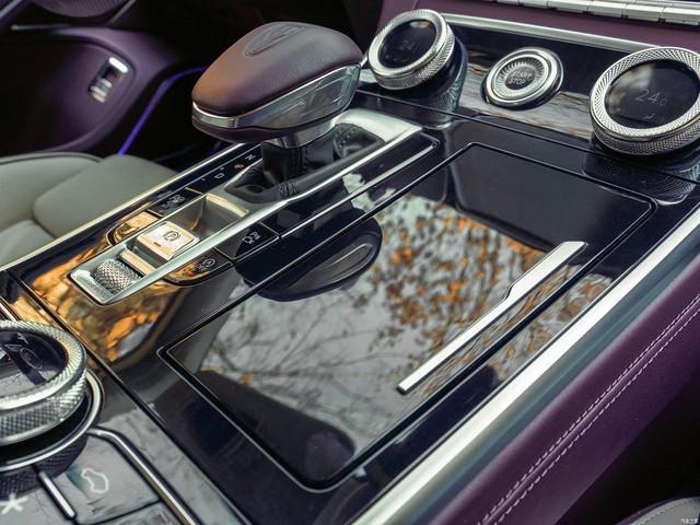 Mở bán Hongqi H9 - Xe Trung Quốc như Rolls-Royce, trần Maybach, tham vọng đấu Mercedes E-Class - Ảnh 6.