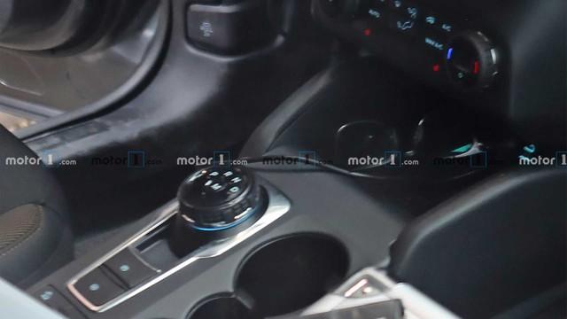 Ford Bronco Sport bất ngờ lộ nguyên vẹn nội thất: Khác xa Escape như đồn đoán - Ảnh 4.