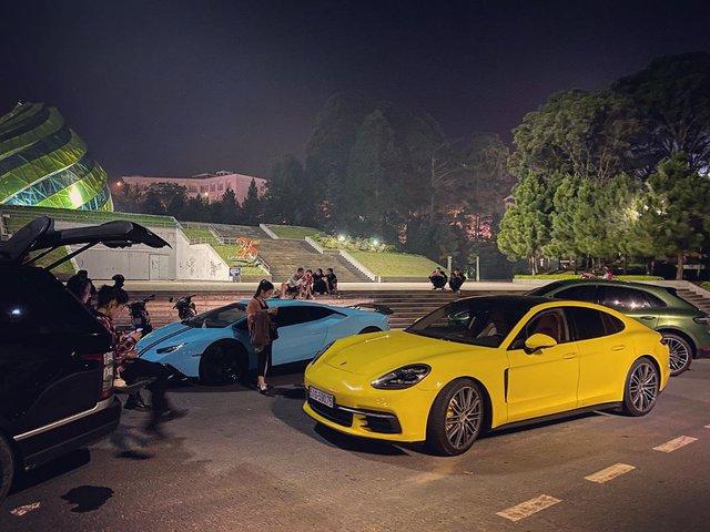 Ferrari 488 Spider độ Novitec bất ngờ xuất hiện tại Đà Lạt, hội ngộ cùng dàn xe tiền tỷ của giới nhà giàu Sài Gòn - Ảnh 4.