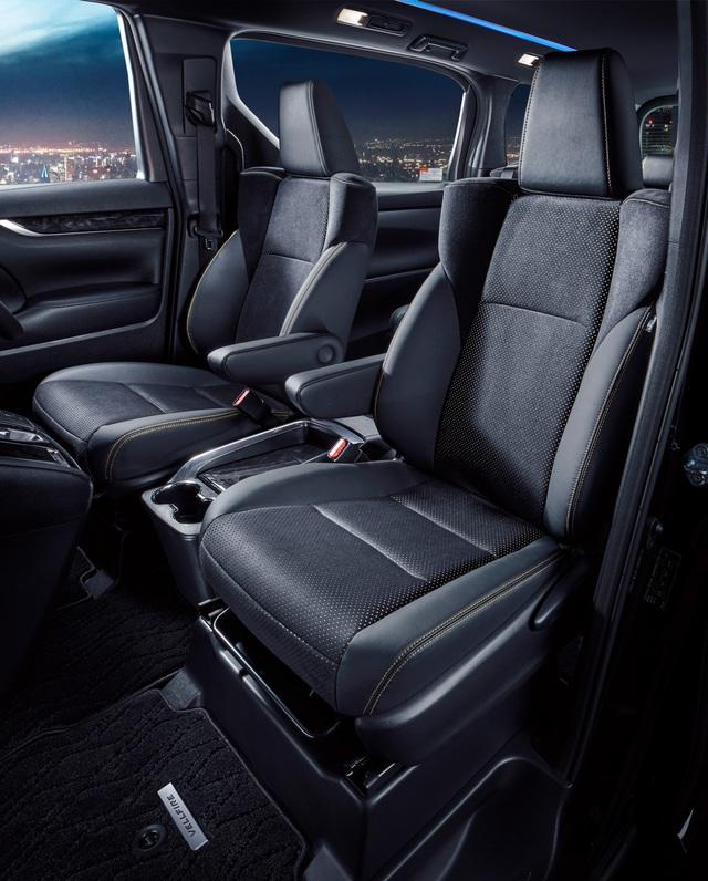 Chuyên cơ mặt đất Toyota Alphard có thêm bản Type Gold cho đại gia - Ảnh 4.