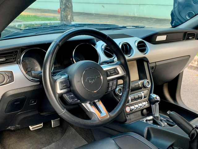 Ford Mustang độ hơn 800 mã lực bán giá 3,3 tỷ đồng: Tốn 1 tỷ nâng cấp nhưng sẽ tháo hết đồ cho ai thích xe zin - Ảnh 4.