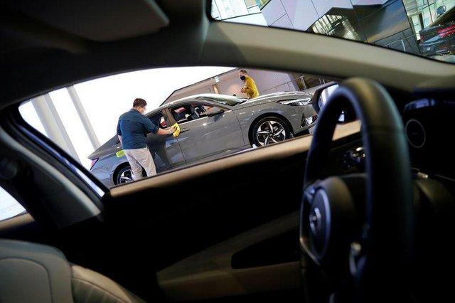 Tucson và Elantra đắt hàng, Hyundai tức tốc sản xuất trở lại nhưng vẫn mắc kẹt ở nhiều nơi - Ảnh 1.
