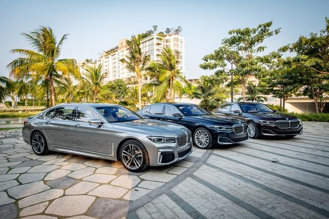 BMW 7-Series 2020 thêm bản giá 'mềm' tại Việt Nam, nâng cấp nhiều tiện nghi chưa từng có, phả hơi nóng lên Mercedes-Benz S-Class - Ảnh 1.