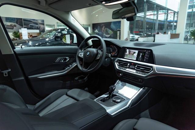 Ra mắt BMW 3-Series 2020 tại Việt Nam: 3 phiên bản, giá từ 1,9 tỷ đồng, đấu Mercedes-Benz C-Class bằng nhiều trang bị - Ảnh 5.