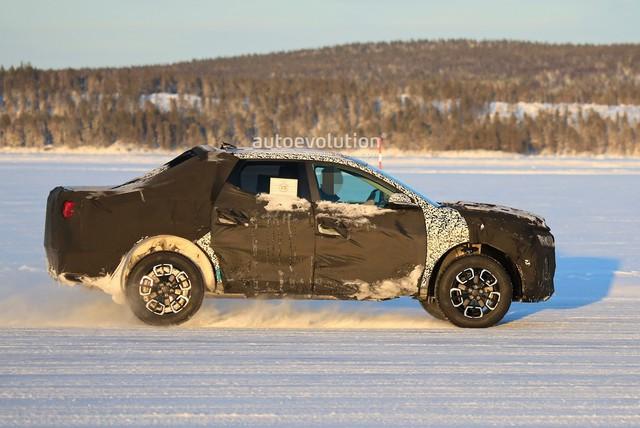 Bán tải Hyundai Santa Cruz đấu Ford Ranger bằng giá rẻ, mượn động cơ Santa Fe - Ảnh 1.