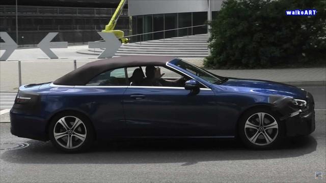 Mercedes-Benz E-Class mui trần lần đầu lộ diện trên đường phố - Ảnh 1.