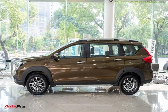 Chi tiết Suzuki XL7 giá 589 triệu đồng vừa về đại lý - Bản vá thức thời của Ertiga để đấu Mitsubishi Xpander - Ảnh 3.