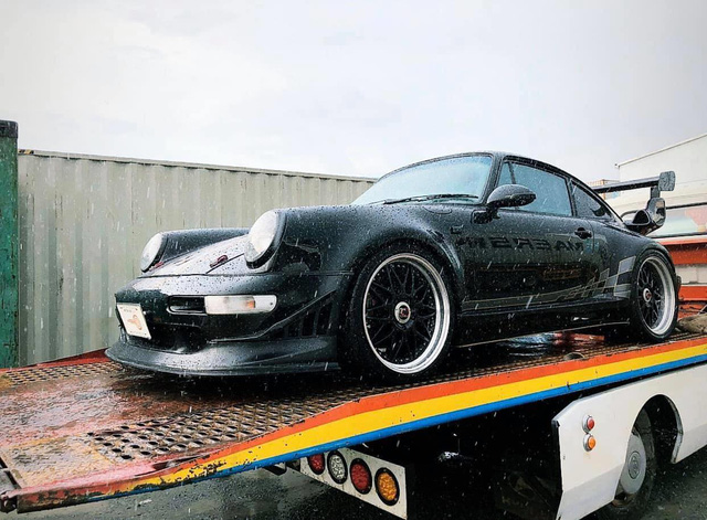 Khui công hàng hiếm Porsche 930 Turbo với gói độ RUF, sẽ về Việt Nam trong tương lai gần - Ảnh 2.