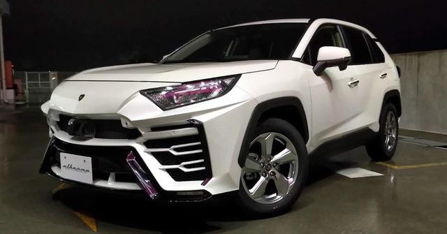 Hãng độ lột xác Toyota RAV4 thành siêu SUV Lamborghini Urus với giá rẻ - Ảnh 1.