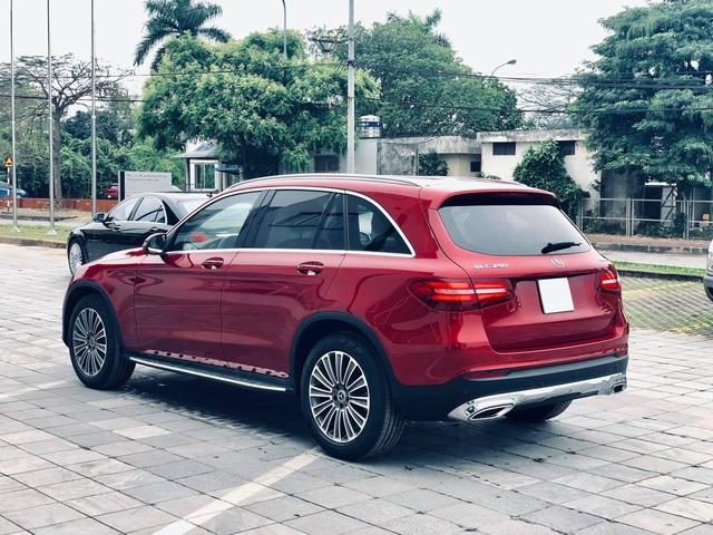 Mercedes-Benz GLC 250 2019 chính hãng thanh lý dưới 2 tỷ đồng: ODO 18 km, nội thất chưa bóc nilon - Ảnh 2.