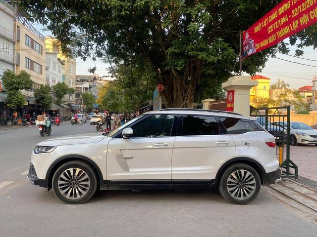 Vội lên đời Brilliance V7, nhiều chủ nhân Zotye Z8 bán xe chạy lướt giá hơn 500 triệu đồng - Ảnh 2.