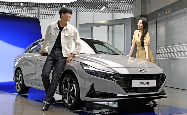 Hyundai công bố giá bán Elantra 2021: Dễ tiếp cận, dân Hàn đổ xô đặt mua, chỉ chờ ngày về Việt Nam - Ảnh 2.