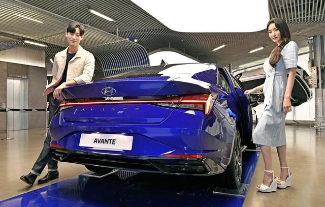 Hyundai công bố giá bán Elantra 2021: Dễ tiếp cận, dân Hàn đổ xô đặt mua, chỉ chờ ngày về Việt Nam - Ảnh 3.