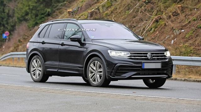 Volkswagen Tiguan 2020 lộ diện trần trụi, đe doạ Honda CR-V