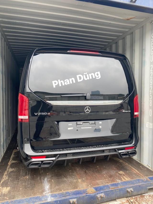 Đại gia Việt tậu Mercedes-Benz V250d độ nội thất phong cách chuyên cơ di động hơn 7 tỷ đồng - Ảnh 3.